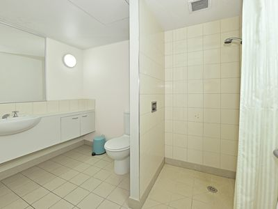 "Photo for ""St Andrews"" Furnished One Bedroom Apartment 602"