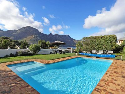 Photo for Stunning townhouse with breathtaking sea and mountain views