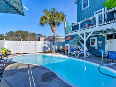 Updated Surfside Beach Home w/Pool: Steps to Beach