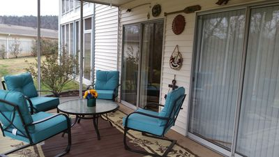 Photo for Bargain, Superb Amenities, Screened in Porch, Close to Strip