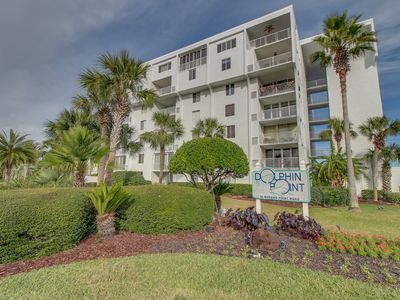 Photo for Beachside, ocean view condo, w/ shared tennis, dock, & pool - snowbirds welcome!