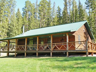 Photo for Beautiful Cabin in the Tenderfoot Valley