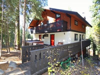Photo for 4 bedroom, 2.5 bath, sleeps 10 . South Shore of Donner Lake: DLR#064