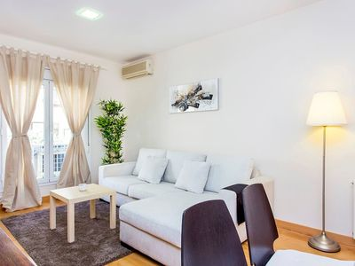 Photo for Charming 3bed apartment in Les Corts