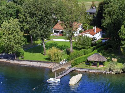 Photo for Wonderful cottage on the shores of Lake Maggiore