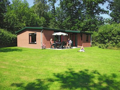 Photo for Comfortable bungalow on spacious plot, in a park in beautiful surroundings