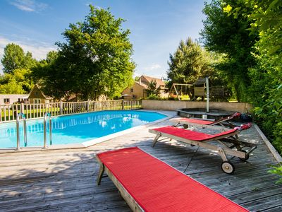 Photo for Charming cottage with swimming pool between the zoo and the castle Lude