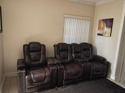 Photo for Beautiful Town-Home located in the Heart of Broward. Location, Location.