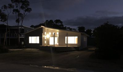Photo for White Shells 4 Bedroom 4 Bathroom on seafront at Nepean Bay near Kingscote WiFi