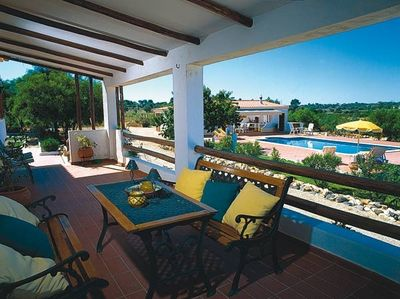 balcony, pool and barbecue area