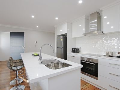 Photo for Sapphire Blue Apartment Close to Perth & Fremantle