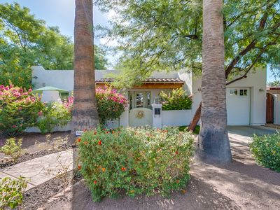 Photo for ARCADIA GEM CLOSE TO GREAT AMENITIES!