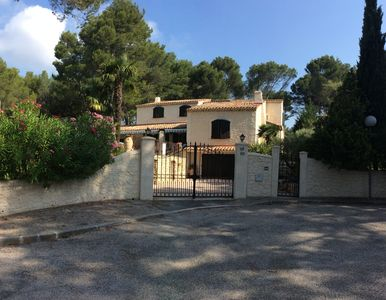 Photo for barn style house in gated 78 m2 to 10 mn of Aix