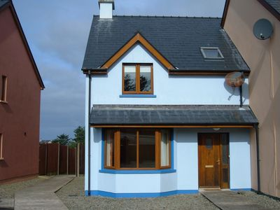 Photo for This pleasant property is within walking distance of the idyllic village Eyeries