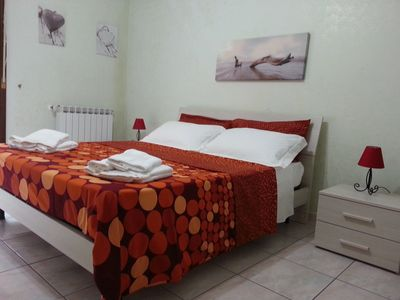 Photo for Cozy apartment near the historic Syracuse Ortigia