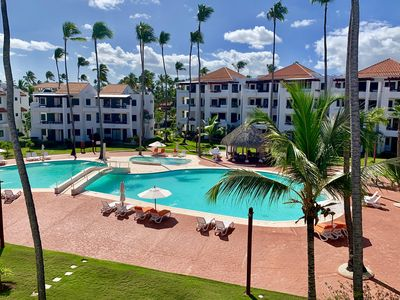 Photo for COMFY STUDIO IN FRONT BEACH RESORT  WITH POOL & RESTAURANTS