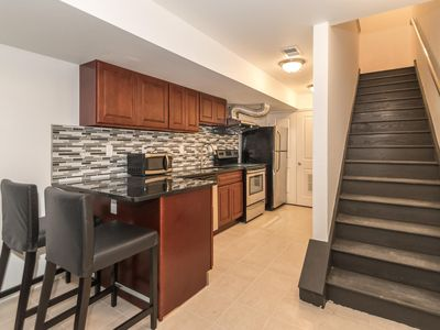1 Bedroom Apt in Center Downtown near Convention Center, New, Modern & Spacious