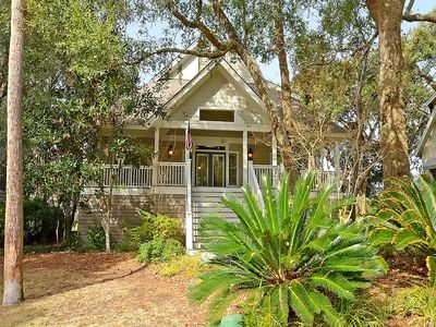 Photo for Golf Views and Pet Friendly Home on Silver Moss Circle- Pool Access