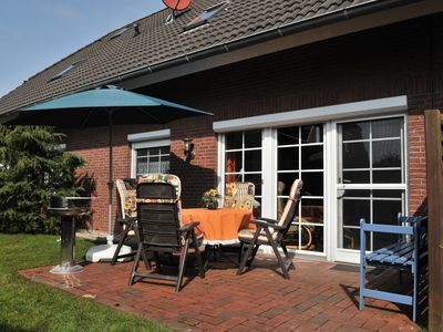 Photo for ground floor quiet apartment with garden in central location of Greetsiel