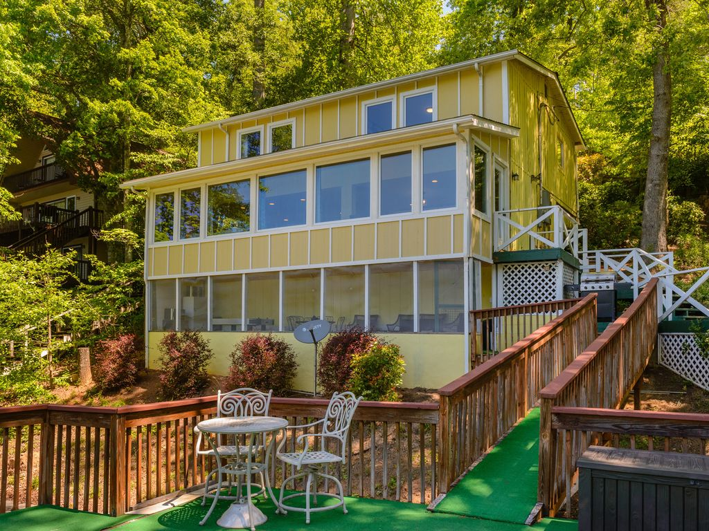 Casa per 9 persone a lake lure 1058906 for Nuova lista punch house