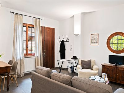 Photo for Lovely and quiet house in Trastevere