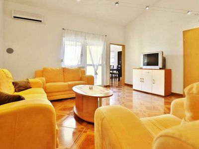 Photo for 2BR Apartment Vacation Rental in Starigrad