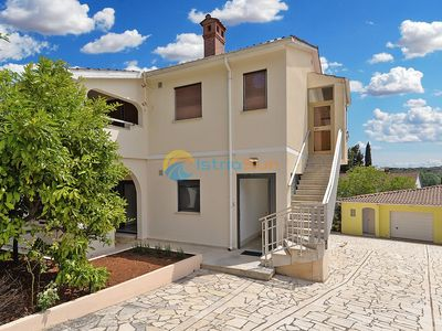 Photo for Apartment 2032/31671 (Istria - Pula), 3500m from the beach