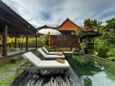 Photo for Villa Niyamas Luxury Ubud heart on valley edge