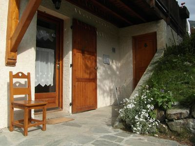 Photo for Les Orres, foot of the slopes, in CHALET, rental of charm for 4 people