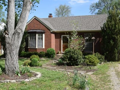 Stay Nashville Vacation - Cozy Cottage - Downtown, 12S, Green Hills, Gulch