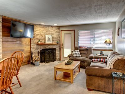 Photo for Enjoy this ski in/ ski out condo at Giant Steps! - Game Rooom / Hot Tub - Perfect location for walki