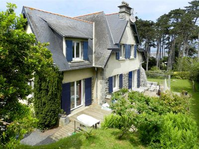 Photo for 5 bedroom Villa, sleeps 9 in Saint-Quay-Portrieux with WiFi