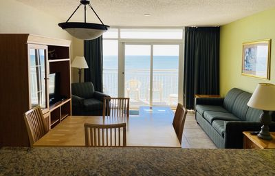 Newly Upgraded Direct Oceanfront 2-br Condo on Top Floor in Broadwalk, Downtown