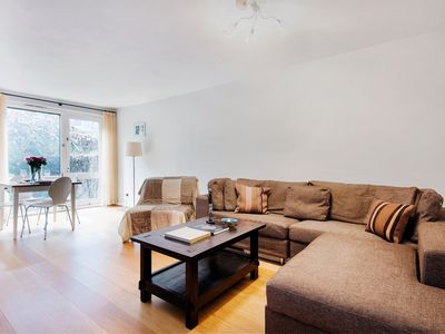 Photo for Classic home and garden in Bloomsbury