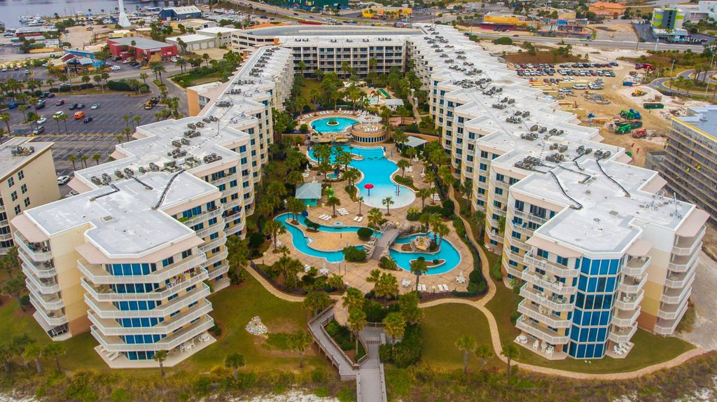 Waterscape A420 Newly Decorated Overlooks Tropical Oasis Free Beach Service