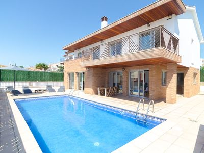 Photo for Club Villamar - Beautiful villa with private pool located within walking distance to the beach