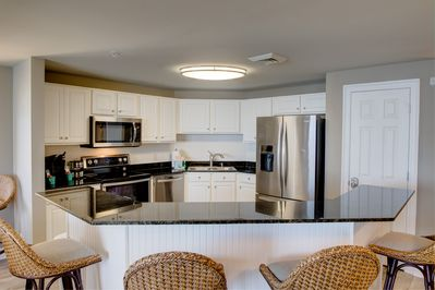 Completely renovated kitchen, all new kitchenware, new appliances.
