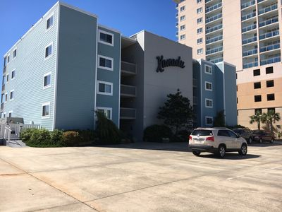 Photo for Spectacular Direct Oceanfront 3B/3B Very spacious condo, WIFI, outdoor pool!