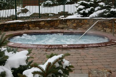 Access two shared hot tubs.