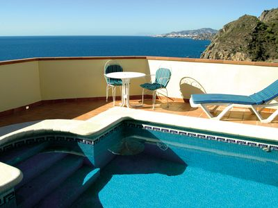 Photo for Holiday Villa In Maro With Air Conditioning