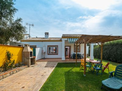 Photo for Holiday home with large garden - Casa Nesenka 2