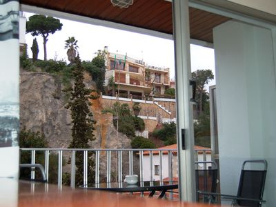 Photo for Lloret de Mar. 1 Beach line Modern apartment for 4-6 pers.  newly renovated
