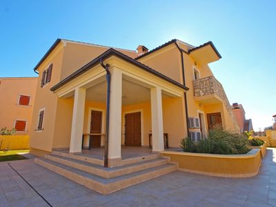 Photo for Holiday house Šegotići for 12 - 16 persons with 6 bedrooms - Detached holiday house