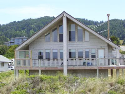 Photo for PELICAN WATCH BEACHFRONT HOME GOLD BEACH OREGON