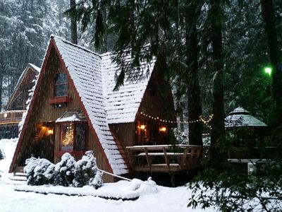 Photo for Charming Cedar Chalet with Outside Wooden Hot Tub & Wood Stove