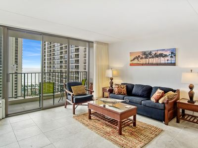 Photo for Darmic Waikiki Banyan: Deluxe -  Ocean View  |  26th  floor  |  1 bdrm  | FREE wifi and parking  | AC | Quality amenities |Only 5 mins walk to the beach!