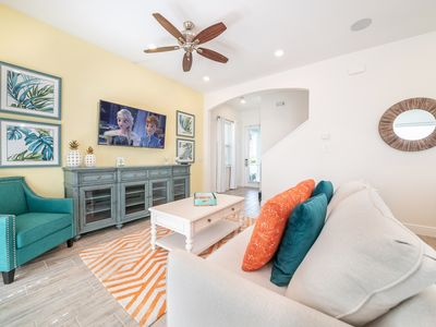 Photo for Vibrant Cottage! Hotel Amenity Access, Daily Clean Included, near Disney World