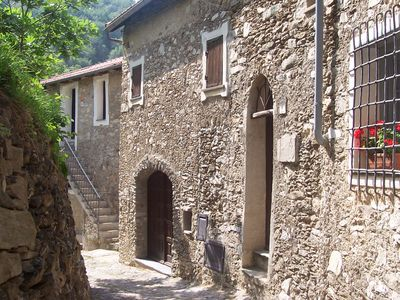 Photo for stone cottage, Medieval Village. 15 km Sea. Terrace