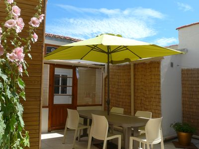 Photo for House near the beach and all shops, renovated interior, beautiful courtyard int