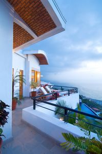 Photo for Romantic district villa, hillside with stunning views. 4 BR!